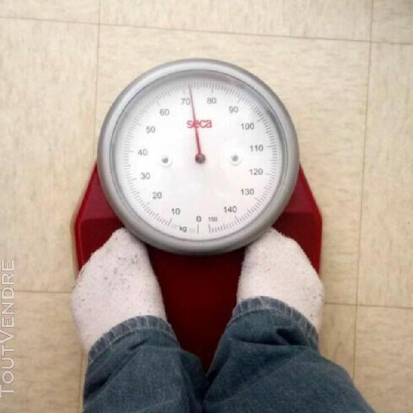 Balance pèse-personnes mécanique seca rouge made in