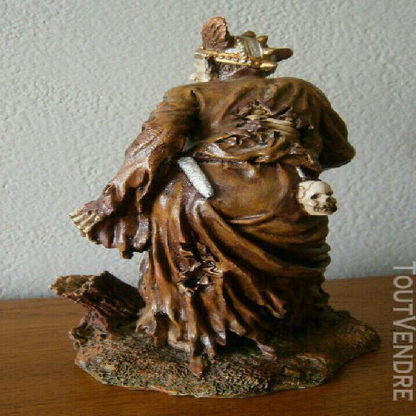 Statue-figurine squelette guerrier zombi en résine -