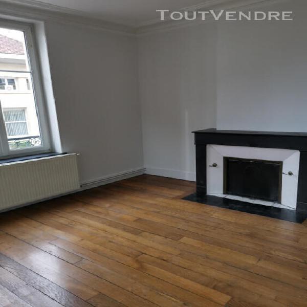 Appartement t3 ancien rue de la garenne