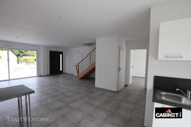 Maison carquefou 6 pièce(s) 115.12 m2