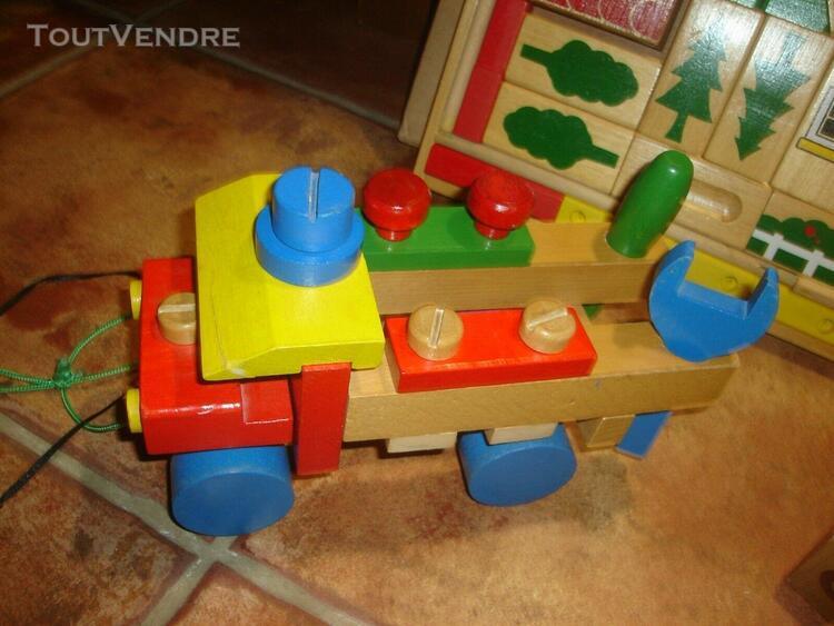 Jeux en bois jouets 1 camion + 25 cubes + 1 jeu (100% neuf)