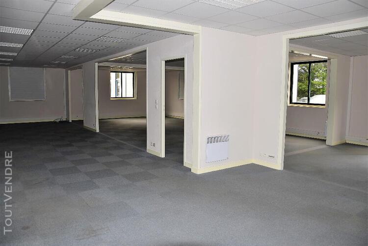 A louer à vern sur seiche local de bureaux de 227 m2 en
