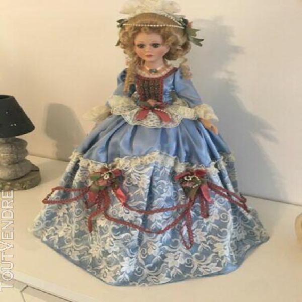 magnifique poupée en porcelaine faite main collection