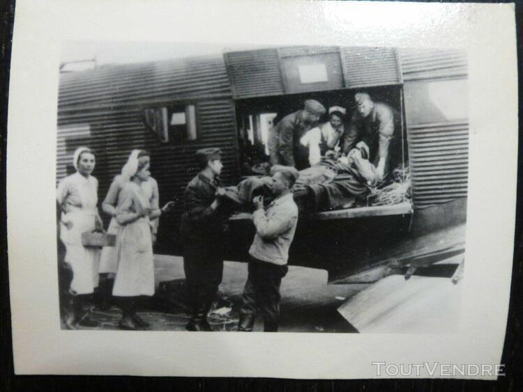 Photo foto wwii ww2 am: evacuation blessés ds junkers ju-87
