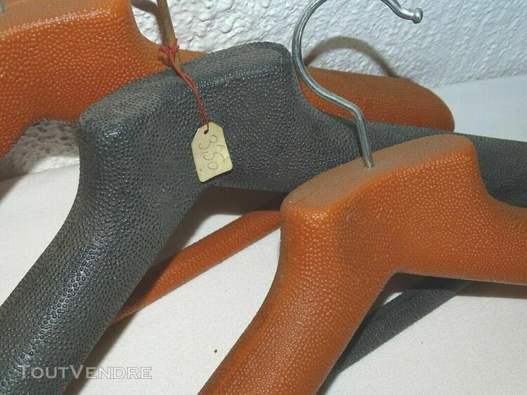 3 cintres anciens déco vintage design penderie dressing