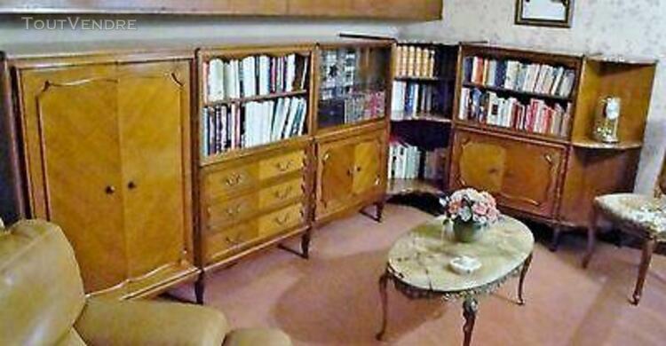Bibliotheque basse d' angle avec vitrine / modèle regence e