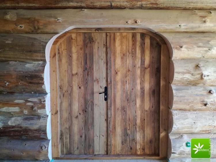 porte en vieux bois