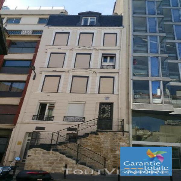Paris 13e, studio 19 m2 - 740 € cc