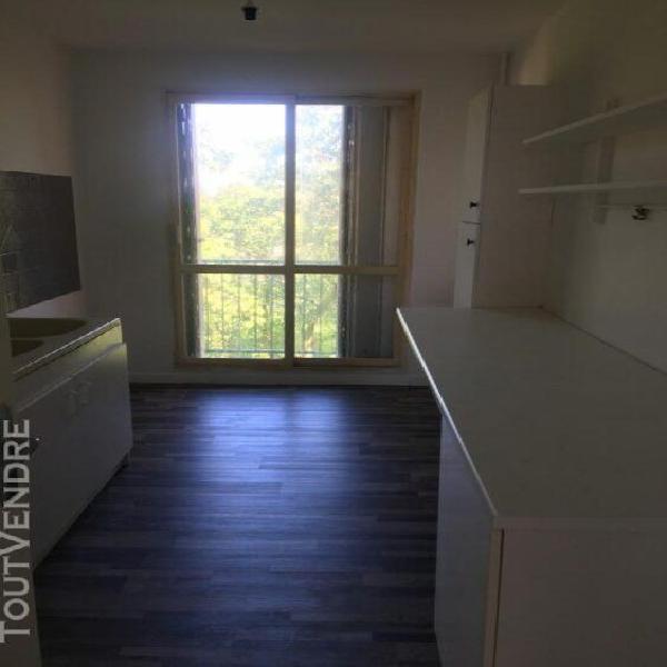 Appartement t4 village