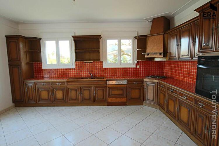 Maison pujols 5 pièce(s) 152.70 m2
