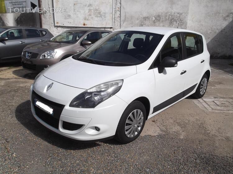 Renault scenic iii authentique dci 95 avec 141 740 km