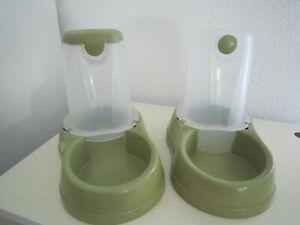 distributeur de croquettes et d'eau