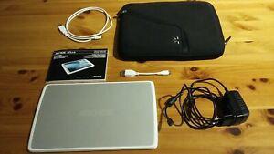 Tablette archos 101 g10 xs 16gb + dock/clavier blanc +