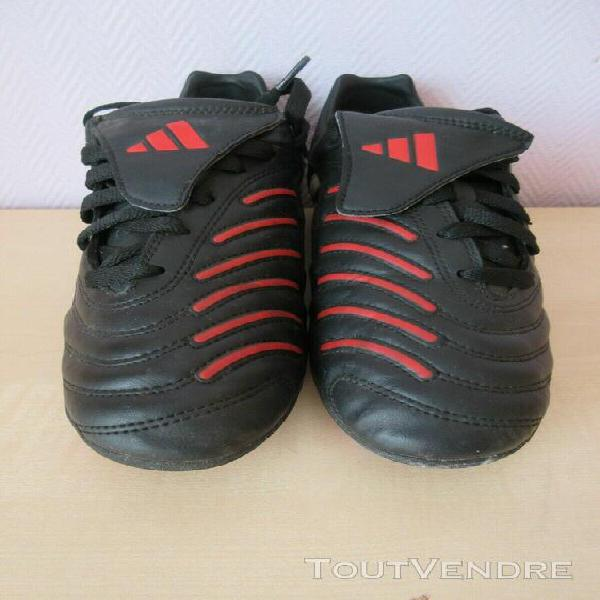 Chaussures de foot adidas traxion crampons moulés taille