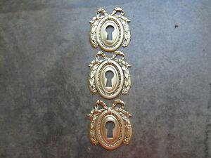 Anciennes entrées de clé serrure en laiton bronze style