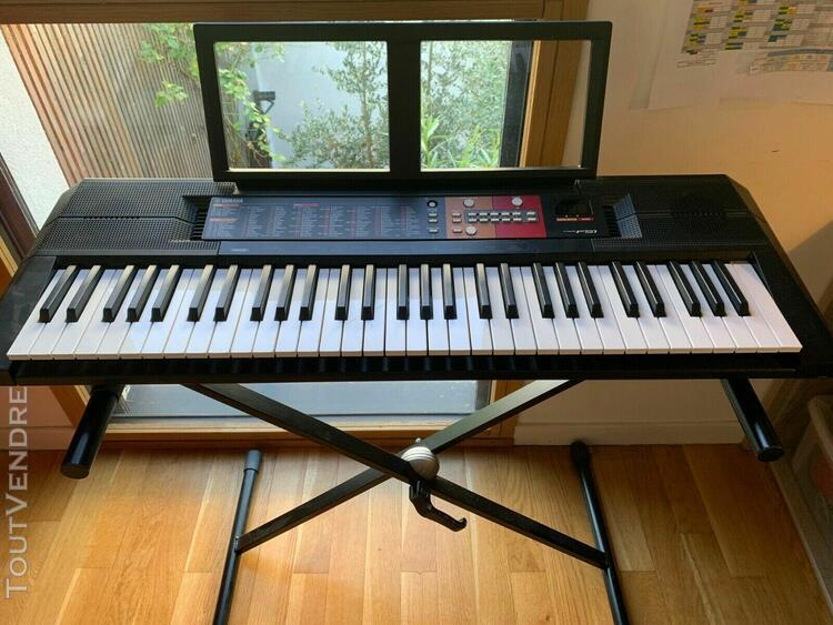 Piano synthétiseur yamaha avec support pas cher