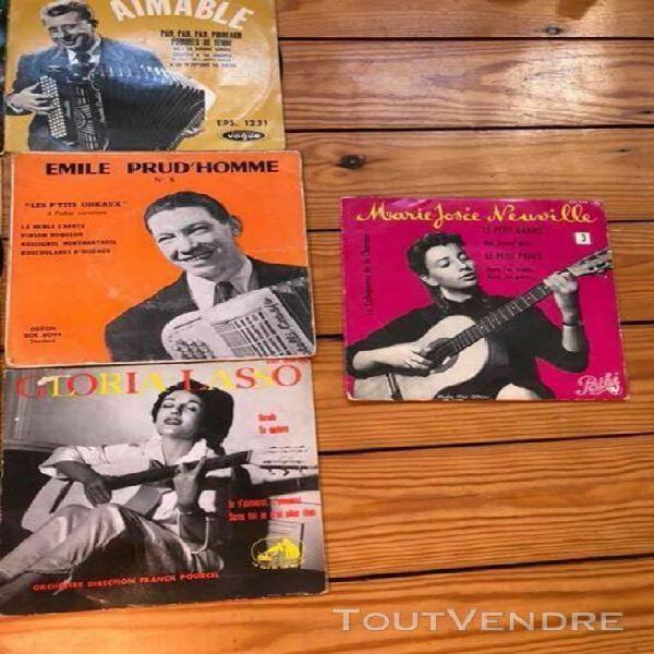 Lot de 10 vinyles 45 tours accordéon et guitare dont yvette