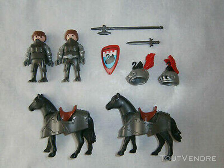 lot de playmobil * 2 chevaliers du cygne noir + 2 chevaux +