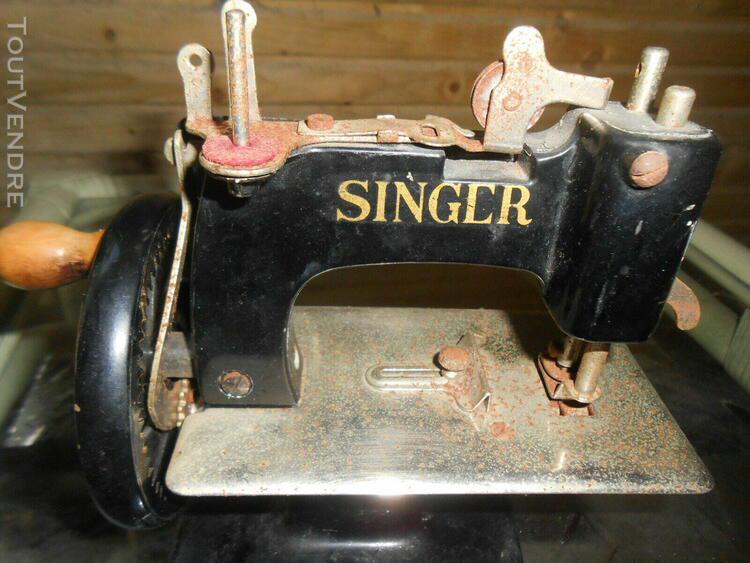 petite machine a coudre en tole baby singer