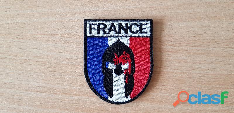 Ecusson brodé drapeau français spartiate spartan 7,5x6 cm