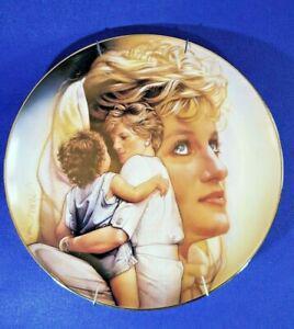 Vaisselle assiette porcelaine à accrocher princesse lady