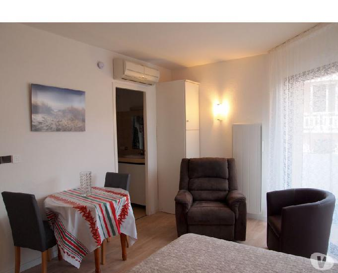 Appartement de 25 m2 avec terrasse et piscine