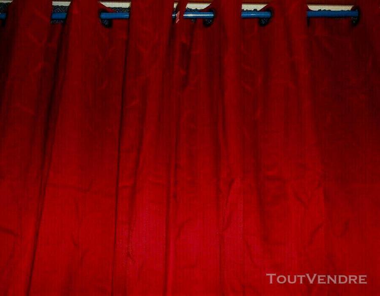 Lot 2 rideaux rouges oeillet occultants 58%coton**motif feui