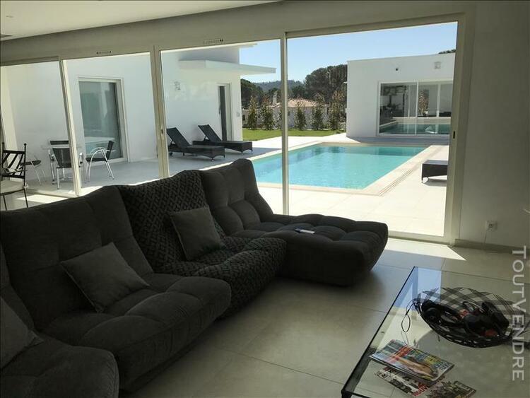 Villa st raphael - 5 pièce(s) - 210 m2
