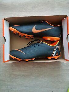 Chaussures crampons football nike vapor 12 academy fg/mg