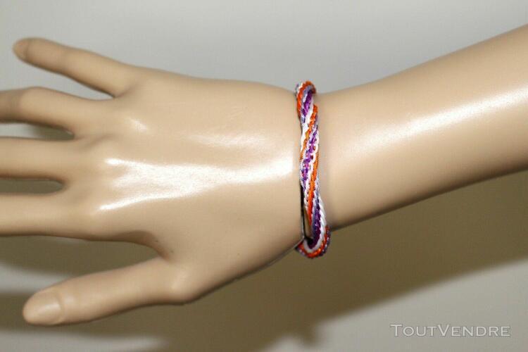Bracelet tressé en fil de nylon blanc, orange, mauve et