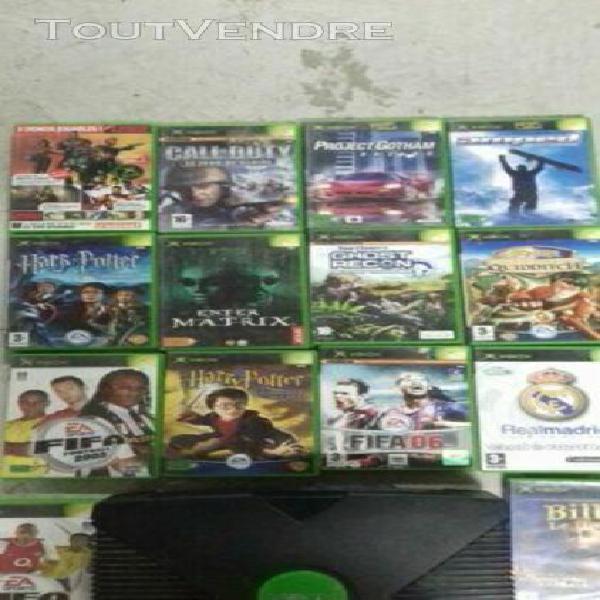Console xbox 1er generation + 1 manettes + 14 jeux