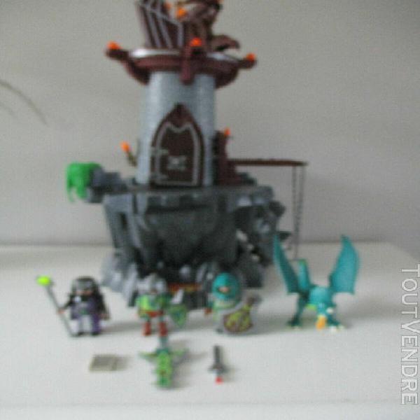 Playmobil forteresse / donjon du dragon vert 4836