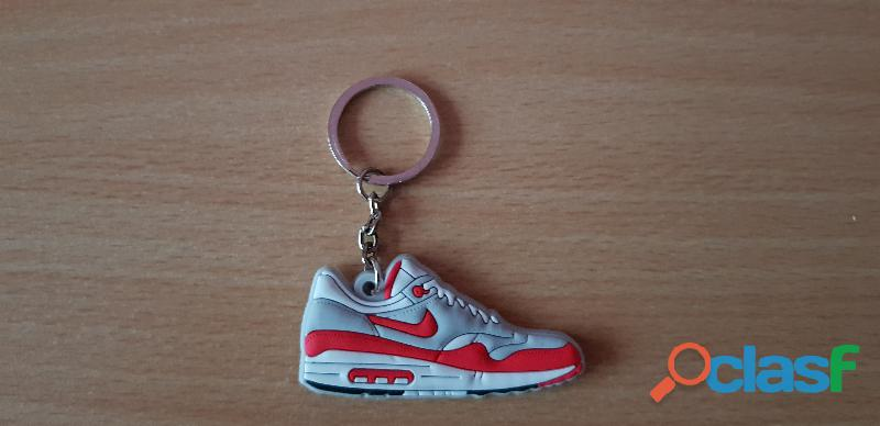 Porte clé basket sneakers nike air max 1 rouge blanc gris