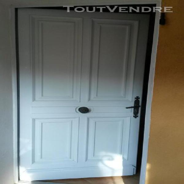 tesa Calfeutrer Bas de porte sol r/ég mousse PVC marron 1m x 38mm x 20mm
