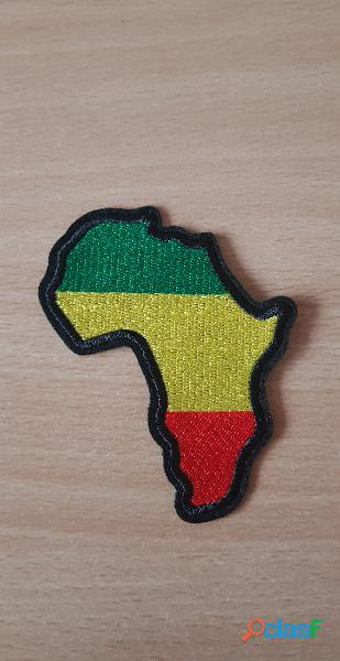 Ecusson brodé Continent africain Afrique Couleur rasta rastafari 8x7 cm Thermocollant