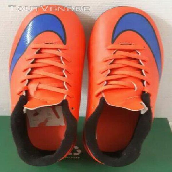 Chaussure de foot crampon nike mercurialtaille 36
