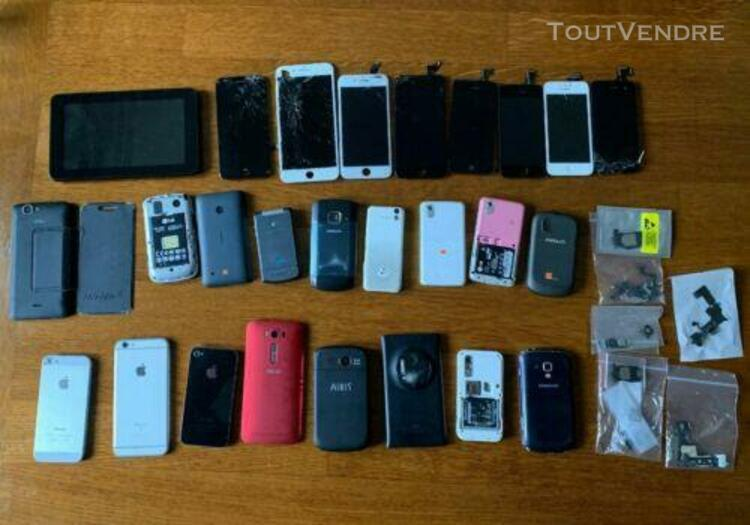 Lot de 17 téléphones portables / iphone / asus...