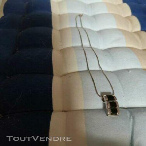 Collier et pendentif argent serti d'onyx, comme neuf longueu