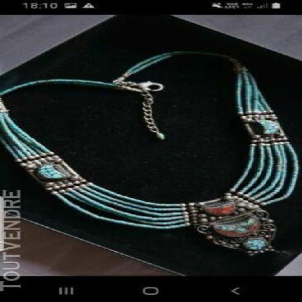 Collier argent et turquoises véritables et corail tibétai