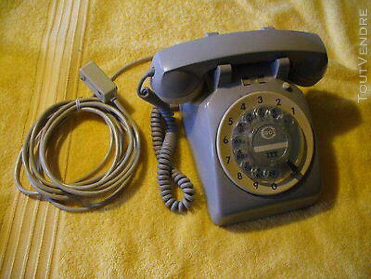 Rare téléphone coloris gris cgct ittgenre s63 à cadran