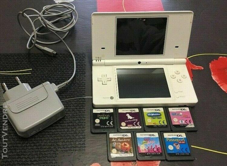 Console nintendo dsi + 7 jeux ds + chargeur