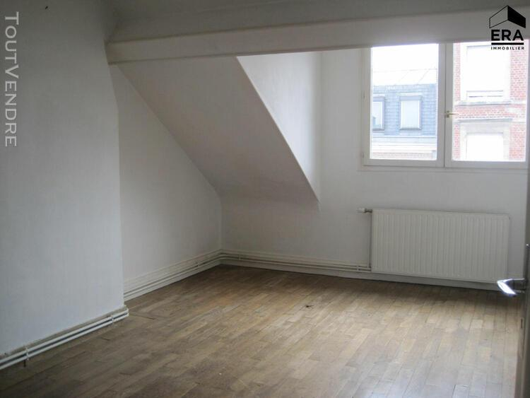 Appartement a louer proche gare st quentin 02100