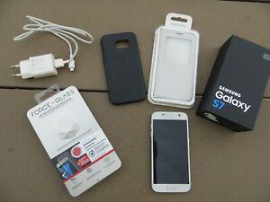 Samsung galaxy s7 argent + 3 accessoires etat excellent