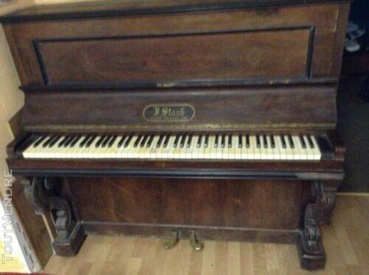 piano droit staub
