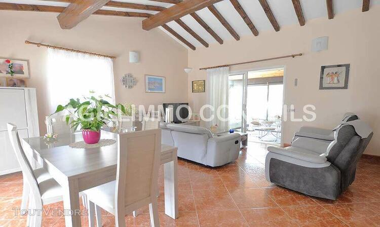Belle villa sur terrain de 1 900 m2