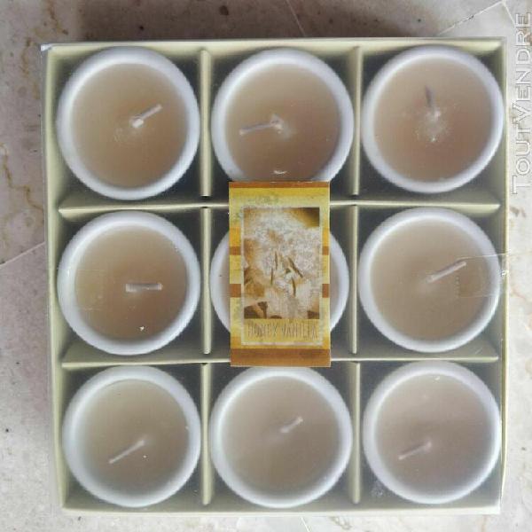 Coffret cadeau 9 petites bougies dans moules céramique