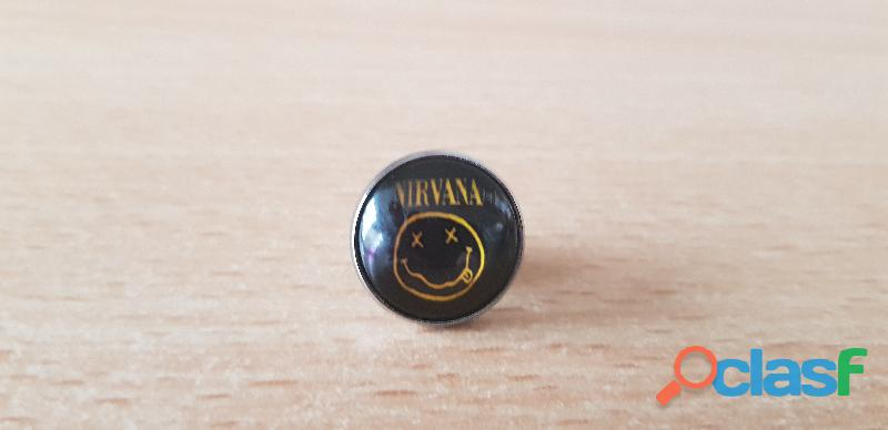 Broche badge pins pin's logo nirvana kurt cobain