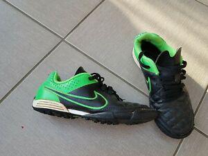 Chaussures foot salle 【 ANNONCES Janvier 】 | Clasf