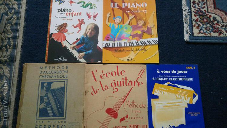 lot de 4 livres de méthodes instrumentale: piano,