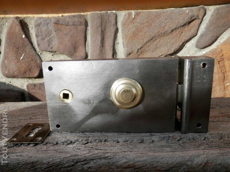 Serrure horizontale droite portes entrée serrurerie verrou